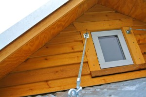 tiny house folding roof strut support