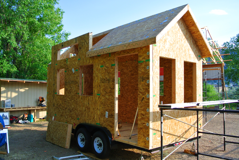 Custom sip tiny house as seen on tv for Sip home construction
