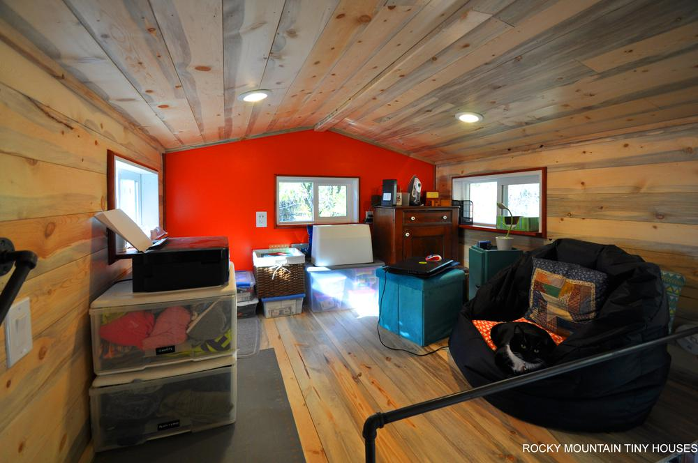 Harmony Haven Tiny House loft office1