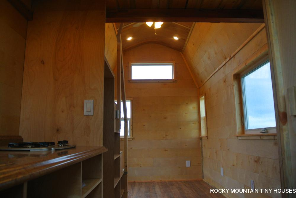 Bitterroot Valley Tiny House kitchen1